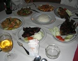 かつら工場訪問記 マノハラホテルの夕食