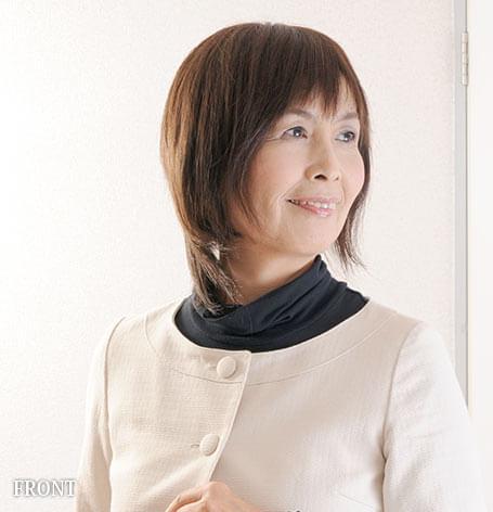 医療用ウィッグ髪型例:涼やかミディアムストレート