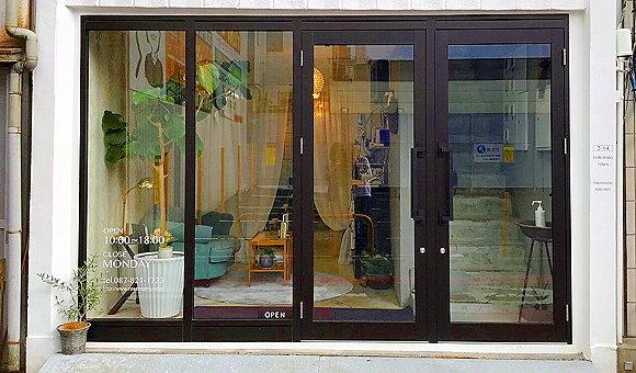 香川・高松かつらWith店内画像